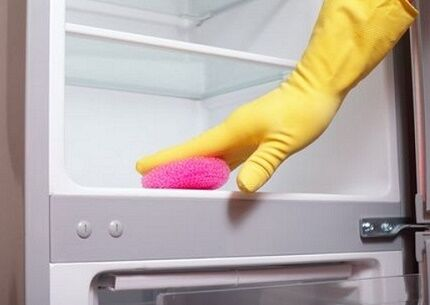Уход за плачущими холодильниками