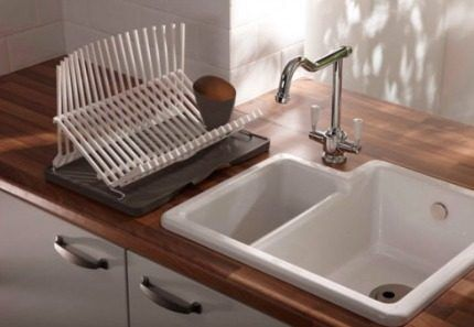 Sink from two compartments