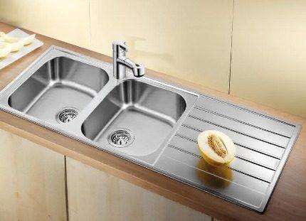 Поворотные кухонные смесители