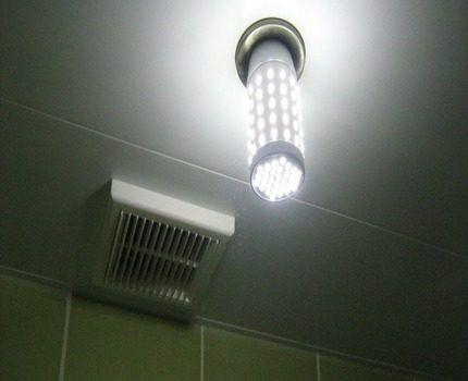 Мигание всех ламп люстры