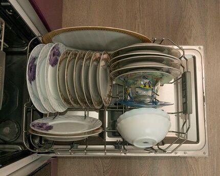 Загрузка посудомоечной машинки