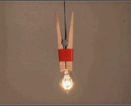 Светильник с лампой