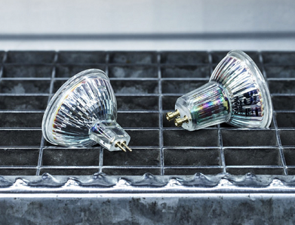 Лампа со стеклянным цоколем