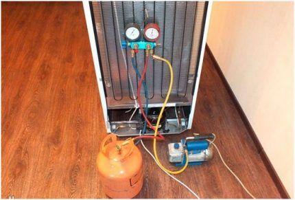 Вакуумирование холодильного контура