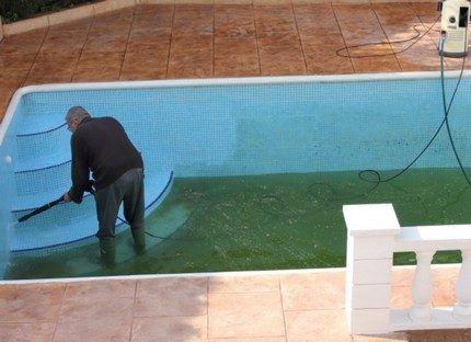 Преимущества роботов для бассейна