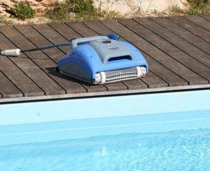 Модель уборщика Dolphin Supreme M3