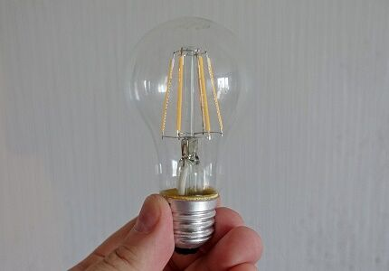 Особенности филаментной диодной лампочки
