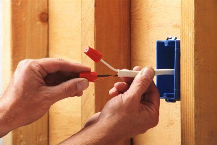 Installation of electrical installation device