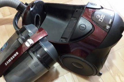 Пылесос с очищенным фильтром