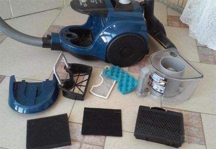 Full set of vacuum cleaner filters