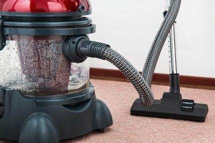 Пылесос с аквафильтром