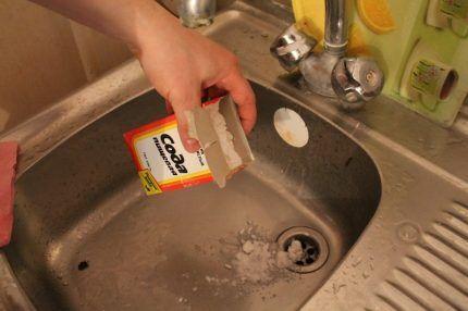 Сода для удаления засоров