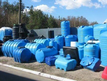 Пластиковые резервуары разного объема
