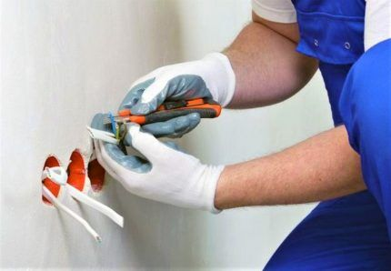 Защитные прорезиненные перчатки
