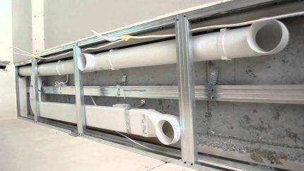 Монтаж пластиковых воздуховодов