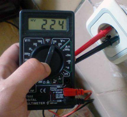 Измерение напряжения с использованием мультиметра