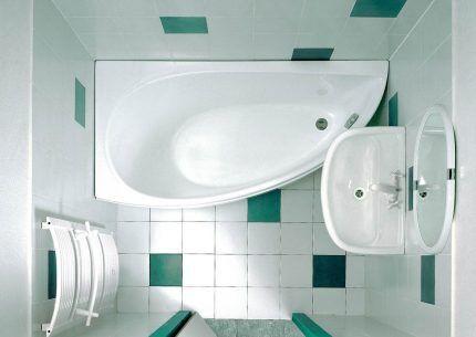 Размещение угловой ванны