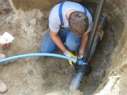 Врезка в поселковый водопровод