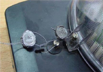 Свинцовая пломба для электросчетчика