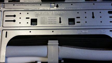 Задняя панель внутреннего блока LG P07EP
