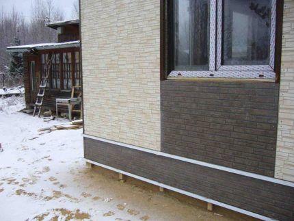 Облицовка дома фиброцементными панелями