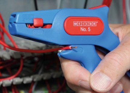 Стриппер для зачистки многожильного провода