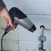 Как отогреть замерзший водопровод: обзор самых эффективных методов