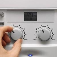 Почему газовая колонка сильно греет воду и корпус: как предупредить перегрев