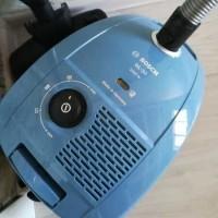 Обзор пылесоса с пылесборником Bosch GL30 BGL32003: надежный агрегат в базовой сборке