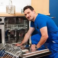 Что делать, если посудомоечная машина не сливает воду и стоит: расшифровка кодов ошибок