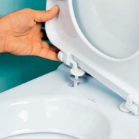 Крепление крышки унитаза: как снять старое и установить новое сиденье на унитаз