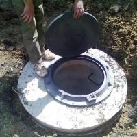 Что делать, если просели кольца сливной ямы: методы устранения проблемы