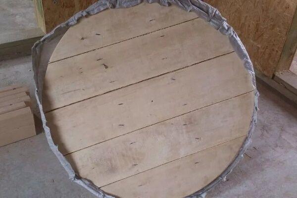 Донный щит для колодца из дуба фото