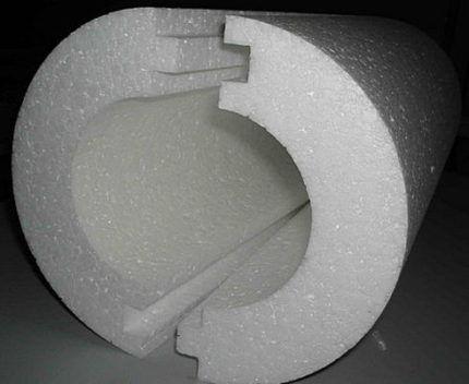 Готовые кольца пенопластового утеплителя