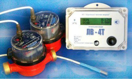 Электронный прибор для измерения расхода воды