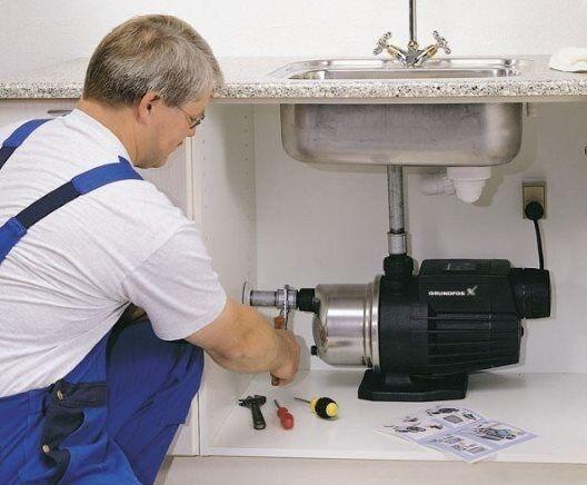 Автоматический насос для повышения давления воды в квартире — выбор и установка