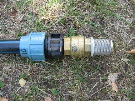 Обратный клапан для поверхностного насоса