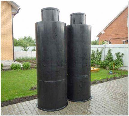 Пластиковая вставка для канализационного колодца