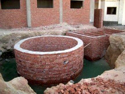 Кирпичный колодец для автономной канализации