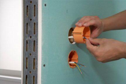 Размеры монтажных коробок для розеток под гипсокартон