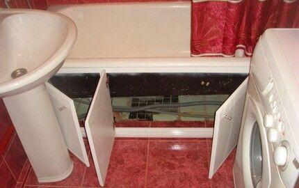 Расположение труб под ванной
