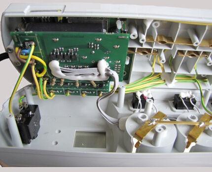 Внутреннее содержимое терморегулятора