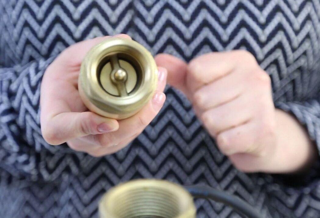 Что такое донный клапан в смесителе