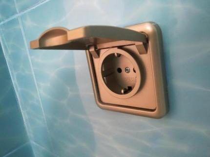 Розетка с защитой от воздействия воды