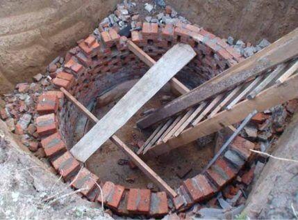 Кирпич для выгребной ямы