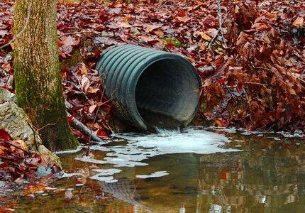 Сбрасывание грязной воды