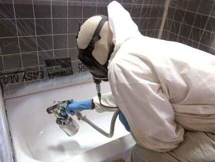 Как краскопультом провести покраску старой чугунной ванны