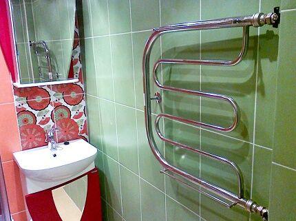 Как заменить старый полотенцесушитель в ванной комнате