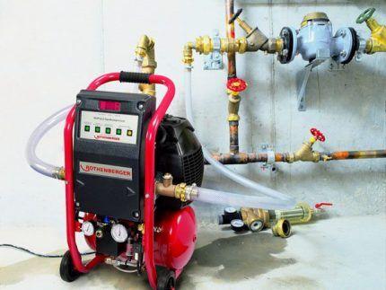 Опресовка перед заполнением системы отопления теплоносителем