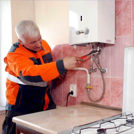 Установка газовой колонки в квартире своими руками: 128681; нормы и требования